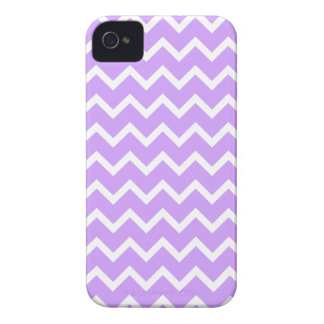 Purple and White Zigzag Stripes. iPhone 4 Case