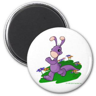 Purple Blumaroo marching through Roo Island 6 Cm Round Magnet