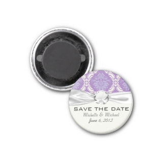 purple cream damask pattern magnet