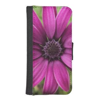 Purple Daisy iPhone SE/5/5s Wallet Case
