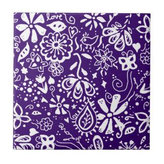 Purple Floral pattern Doodle Tile