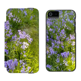 Purple Flower Incipio Watson™ iPhone 5 Wallet Case