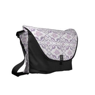 Purple Grape Vines Pattern Commuter Bag