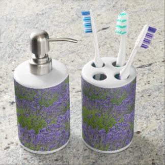 Purple lavender flowers print toothbrush holder