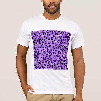 Purple Leopard Print Pattern. T-Shirt