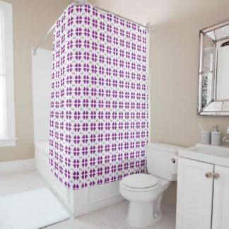 Purple medium hearts pattern shower curtain
