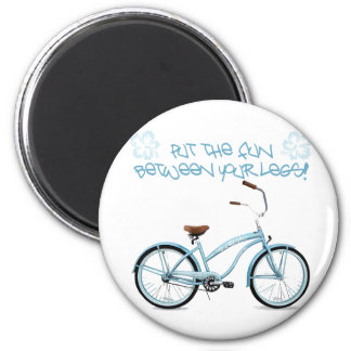 Put the FUN in between your legs - light blue 6 Cm Round Magnet