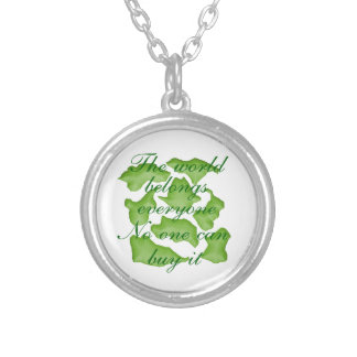 puzzle green necklace