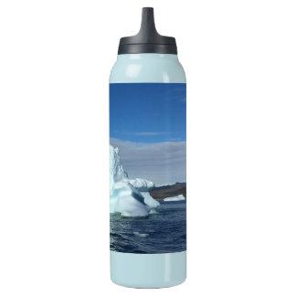 pyramid iceberg sigg bottle