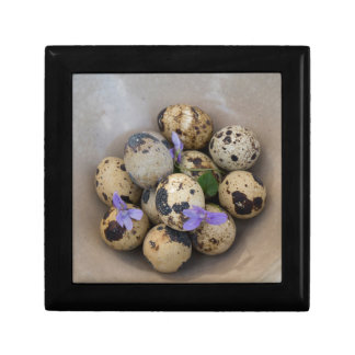 Quails eggs & flowers 7533 small square gift box