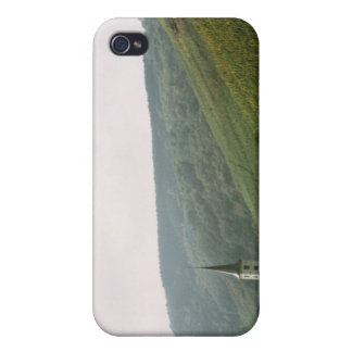 Quaint town of Moselles in Italy iPhone 4/4S Case