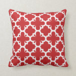 Quatrefoil Flair Pattern Red Cushion