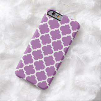 Quatrefoil iPhone 6 Case in Radiant Orchid