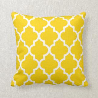 Quatrefoil Pillow / Freesia Yellow Throw Cushion