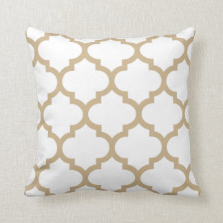 Quatrefoil Pillow - Sand Brown