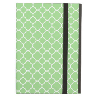Quatrefoil Shape (Quatrefoil Tiles) - Green White iPad Air Cover