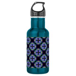 Quatrefoil tiled Liberty Bottle
