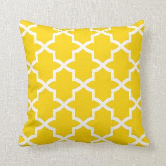 Quatrefoil Trellis Pillow / Freesia Yellow Cushion