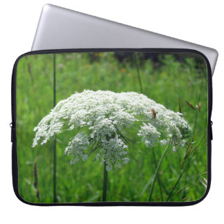Queen Anne's Lace Computer Sleeve