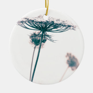 Queen Anne's Lace Flower Round Ceramic Ornament