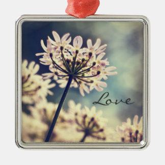 Queen Annes Lace flowers love ornament