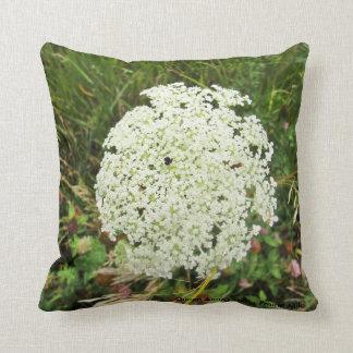 Queen Anne's Lace - Prairie Mile Pillow Cushions