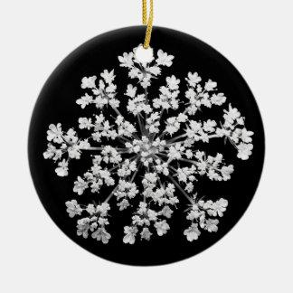 Queen Anne's Lace Round Ceramic Decoration