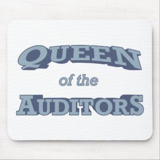 Queen Auditor Mouse Mat