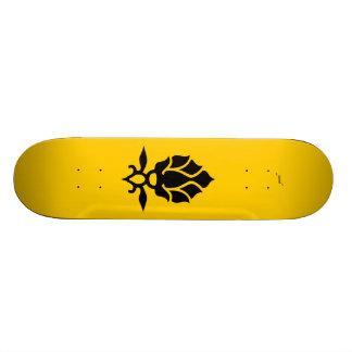 queen bee 21.6 cm old school skateboard deck