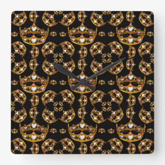 Queen hearts gold crown tiara black square clock