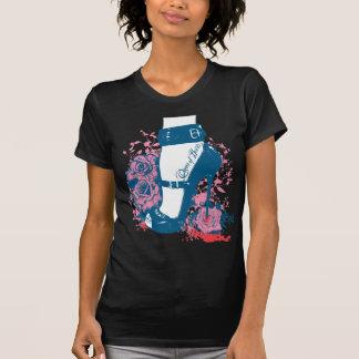 Queen of hearts edgy shoe design tee shirt