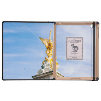 Queen Victoria Memorial Statue, London UK iPad Cover