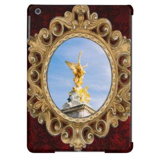 Queen Victoria Memorial Statue, London UK iPad Air Case