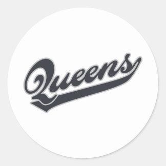 *Queens Classic Round Sticker
