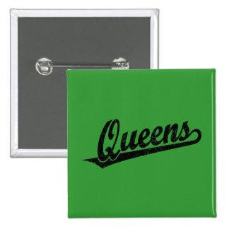 Queens script logo in black distressed 15 cm square badge