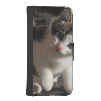 QUESTIONING KITTY iPhone SE/5/5s WALLET CASE