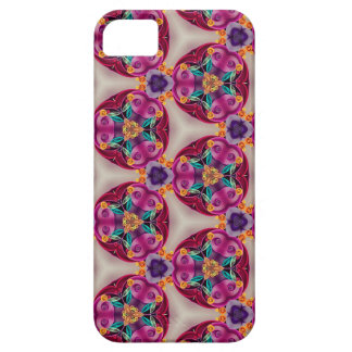 Quilling Ivory Lavender Teal Burgundy Detailed Pat iPhone 5 Cover