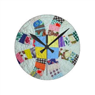 Quilt pattern round clock