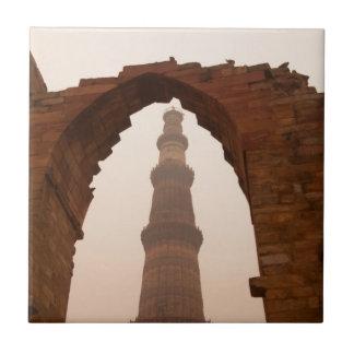 Qutub Minar in Delhi Tile