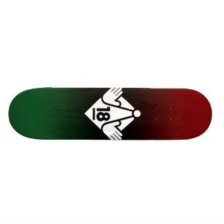 R18 (W) SKATE BOARDS