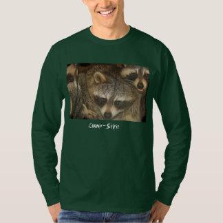 Raccoon-Selfie T-Shirt