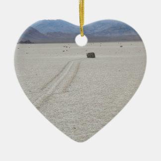 Race track ceramic heart decoration