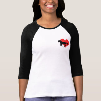 Raglan t-shirt with horse and heart