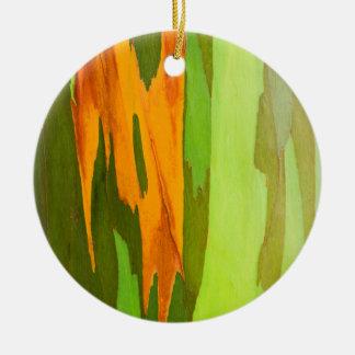 Rainbow Eucalyptus bark, Hawaii Round Ceramic Decoration