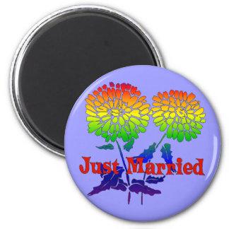 Rainbow Flower Marriage 6 Cm Round Magnet