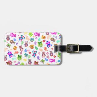Rainbow owls - light luggage tag