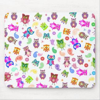 Rainbow owls - light mouse mat