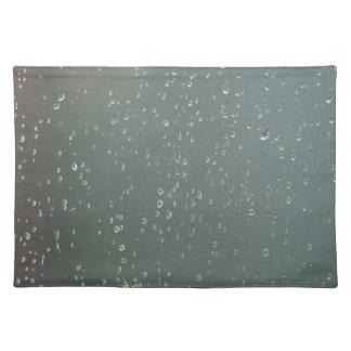 Raindrop place mat