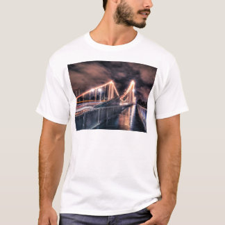 Rainy day on Chelsea Bridge, London T-Shirt