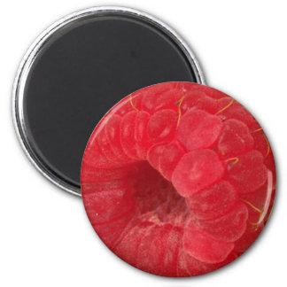 rasberry 6 cm round magnet